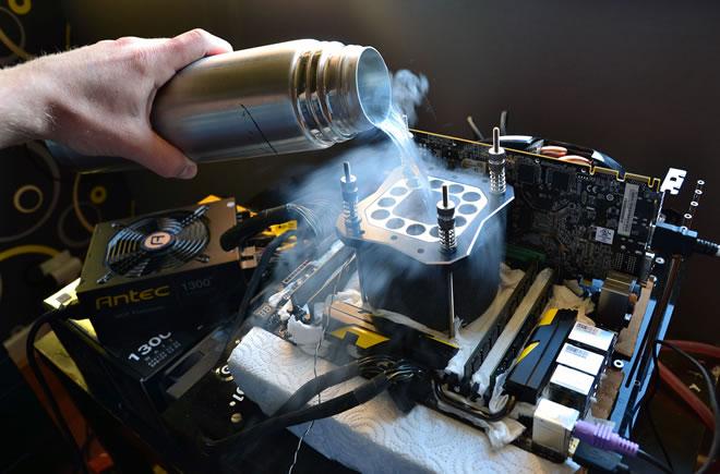 azote-liquide-cooling-languedegeek